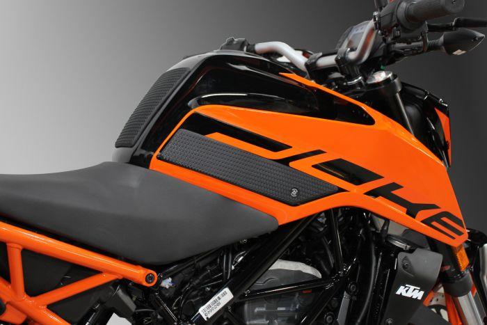 Snake Skin Tank Grips 2011 - Current 62-2006-SS TechSpec Honda Gold Wing